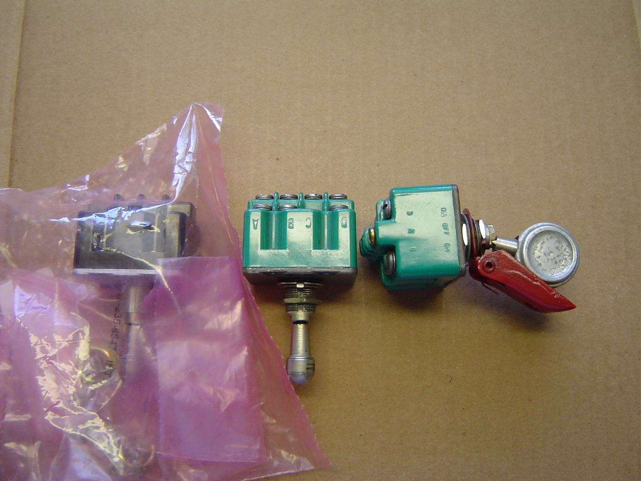 487-865 ref Landing gear selector switch